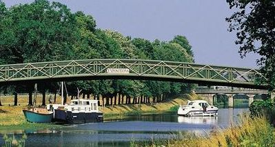The Nantes-Brest Canal was devolved to Brittany's regional government in 1989.