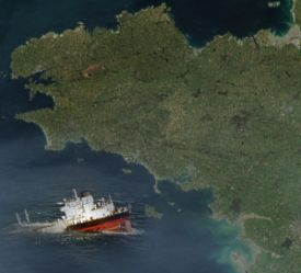 Single-hull rusting tanker Erika sank 30 miles off south Brittany, leaking into the sea 20,000 tons of toxic heavy fuel oil