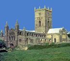 St David's Cathedral, revered as one of the major places of pilgrimage in the western world - Photo © Jean Poliquen